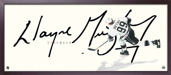 Upper Deck Signs Wayne Gretzky